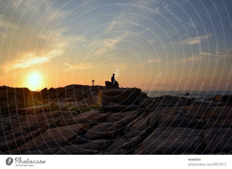 Costa da Morte maskulin Junger Mann Jugendliche 1 Mensch Landschaft Himmel Wolken Horizont Sonnenaufgang Sonnenuntergang Sommer Wetter Schönes Wetter Felsen
