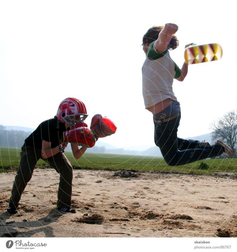 flugangriff Freude Sportveranstaltung Hammer Luftverkehr Spielzeug Bewegung kämpfen Aggression lustig Wut Kraft Angst gefährlich Krieg schlagen Duell Aktion