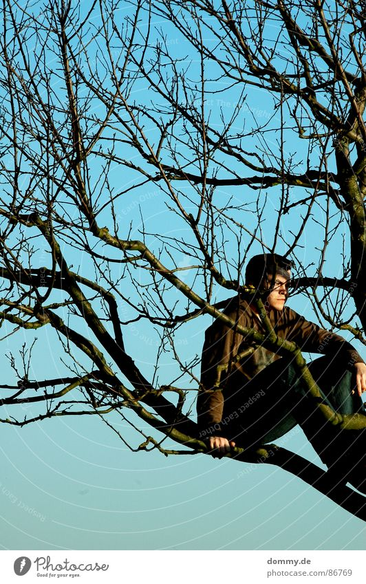 blaubraun Himmel Mann Natur Hand grün Sommer Blatt Auge Wiese Wärme Gras Haare & Frisuren Beine träumen Schuhe Feld