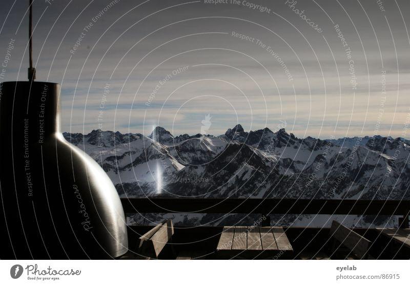 Illumination jenseits 2000 m ü.n.N. beobachten Gipfel Plattform Windmesser Aussicht Bergstation Wintersport Wetter kalt frieren Tisch Bank Elektrizität