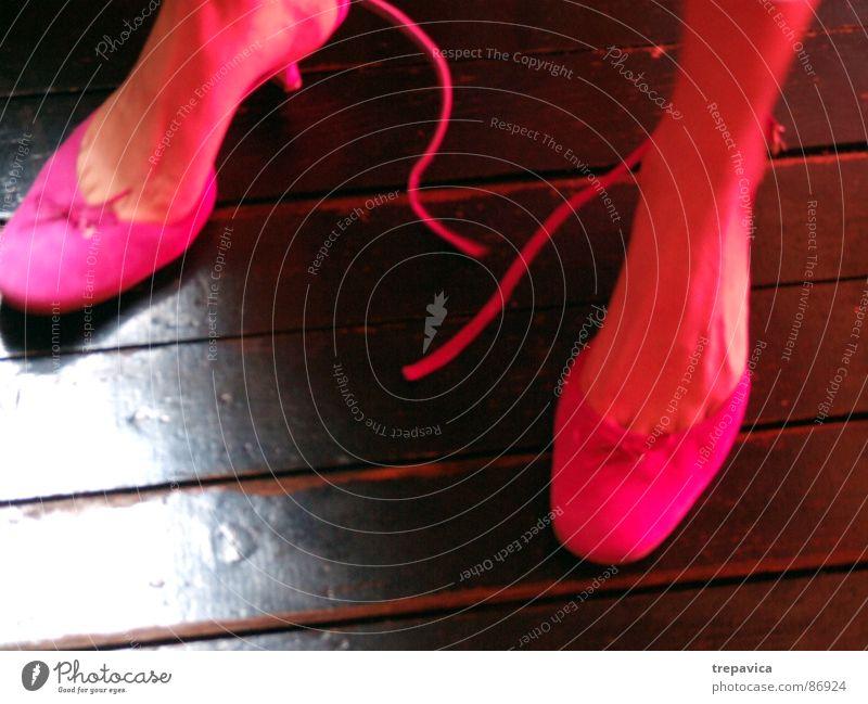 pink schuhe Frau Fuß Schuhe Beine Tanzen 2 rosa Bekleidung Dame Parkett entkleiden Treppenabsatz Damenschuhe Schlaufe