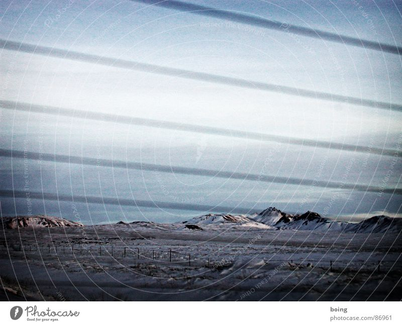 Ariadne, oder die Farice-1 Seilschaft Ferien & Urlaub & Reisen Winter Berge u. Gebirge Schnee Felsen Spaziergang trist Trauer Weide Zaun Island Verzweiflung