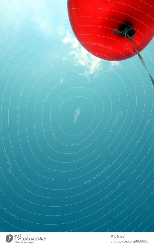 balloni Lifestyle Veranstaltung Feste & Feiern Himmel Sommer Schönes Wetter rot Luftballon fliegen leicht Schweben frei Freiheit Leichtigkeit sommerlich Schnur