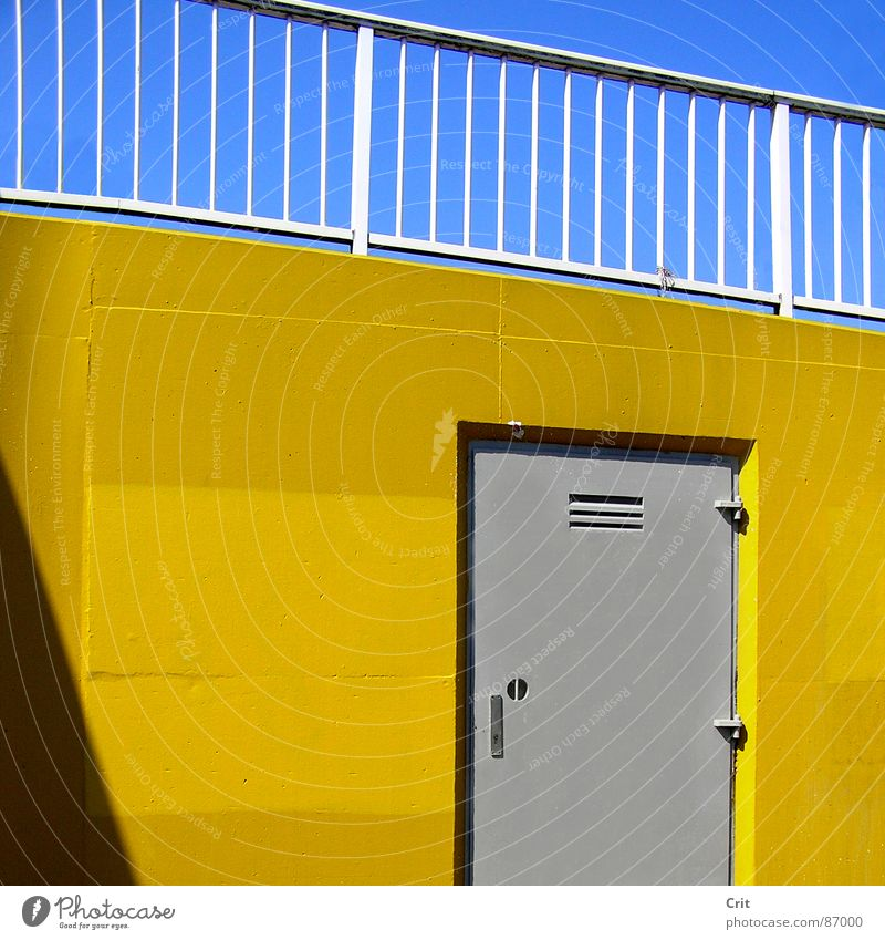 door Blauer Himmel ungesetzlich Architektur colorfull colourfull hidden door grey tone yellow wall advertising gray shape