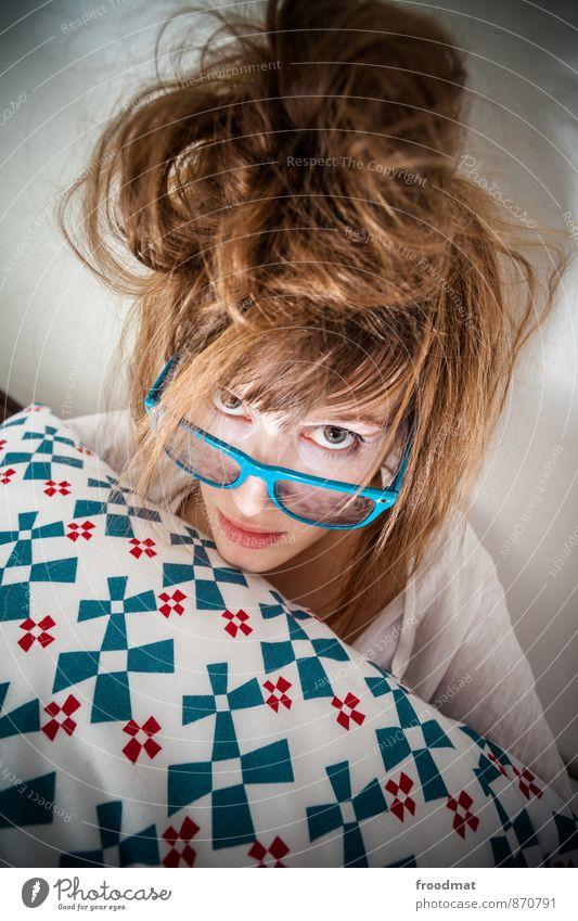 frisur Geburtstag Mensch feminin Junge Frau Jugendliche Erwachsene 1 Accessoire Brille Haare & Frisuren brünett blond langhaarig Blick frech schön nerdig Erotik
