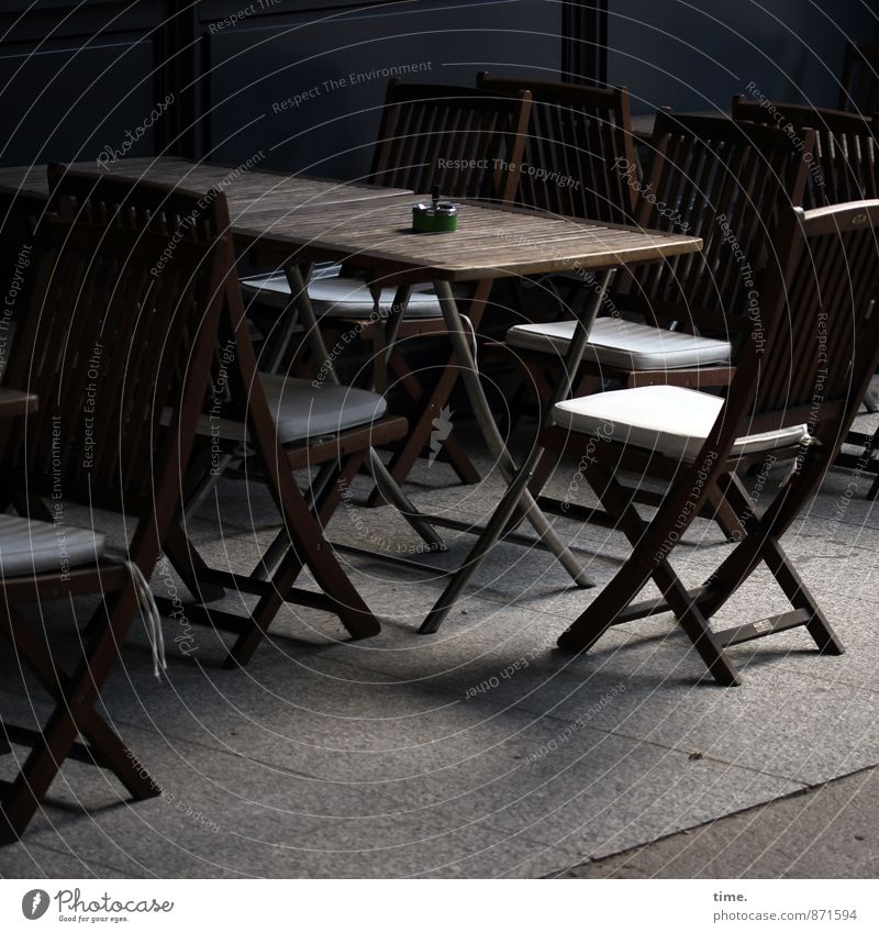 Gruppenfeeling | in spe Möbel Stuhl Tisch Arbeit & Erwerbstätigkeit Dienstleistungsgewerbe Feierabend Gastronomie Restaurant Hamburg Wege & Pfade Fußweg