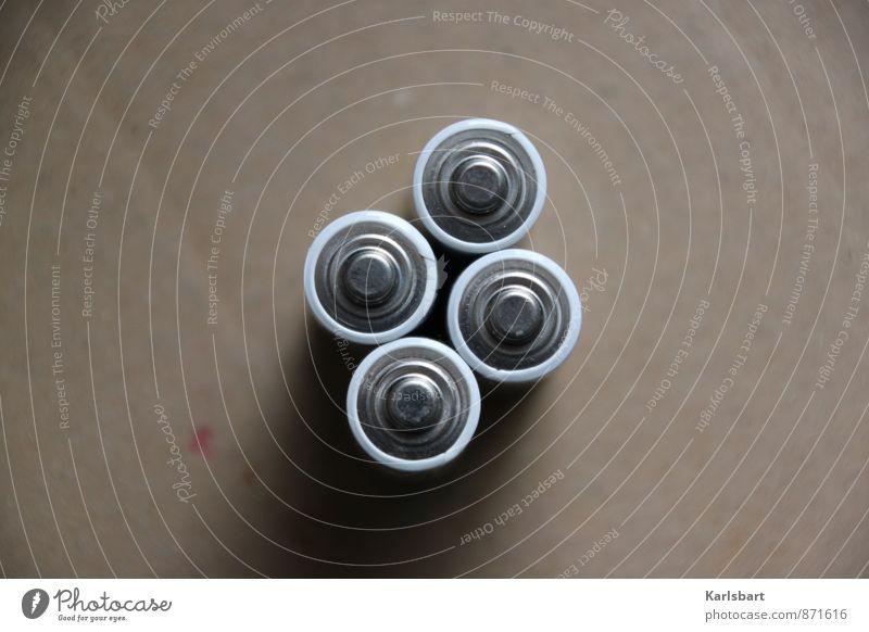 4 Batterien Umwelt Metall Energiewirtschaft Freizeit & Hobby leer Elektrizität Technik & Technologie Kreis Zukunft rund Punkt Umweltschutz silber Verpackung