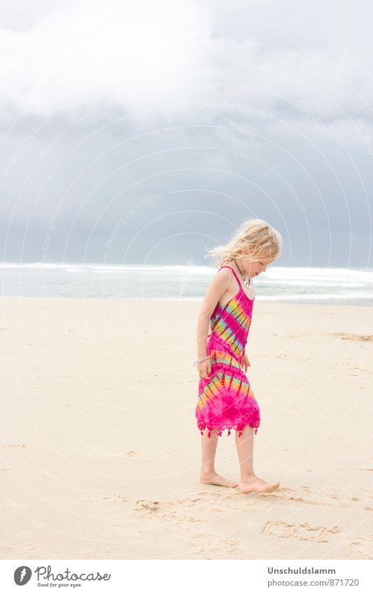 Pink Rainbow Mensch Kind Ferien & Urlaub & Reisen Farbe Sommer Erholung Meer Wolken Mädchen Strand Ferne Leben grau Glück gehen hell