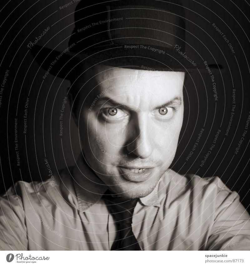 Portrait Porträt Krawatte ernst böse Gesichtsausdruck Freak Krimineller Dieb Ironie verbissen fixieren grimmig Aussehen Freude Schwarzweißfoto