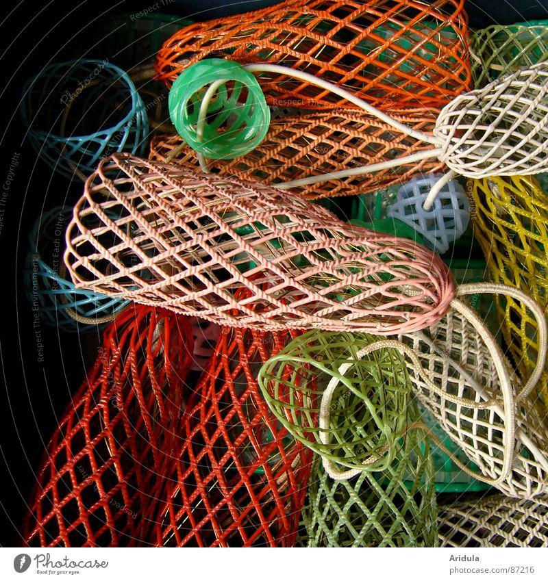 was man so alles findet ... Lockenwickler Draht Haare & Frisuren zurechtmachen skurril antiquarisch verwickeln seltsam bizarr Gänsehaut schön obskur Farbe Netz