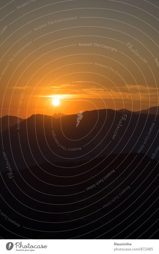 Sonnenuntergang ll Himmel Natur Ferien & Urlaub & Reisen Sommer Erholung rot Landschaft Berge u. Gebirge Umwelt gelb Glück Felsen orange Zufriedenheit Tourismus