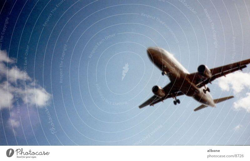 Flugzeug Himmel Wolken Freiheit Luft Beginn Geschwindigkeit Luftverkehr