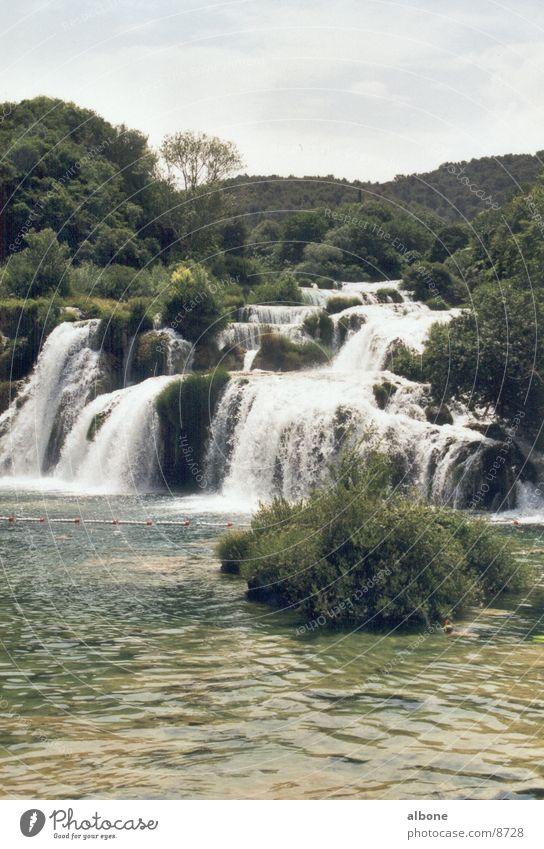 Kirska Wasserfälle Elektrizität Wasserfall Pflanze