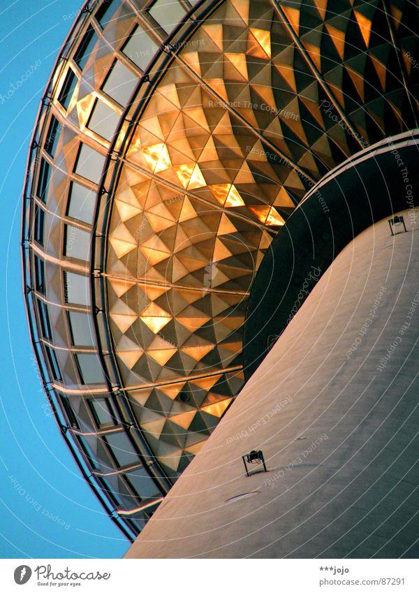 st. walter Himmel Ferne Berlin oben Kunst Deutschland Glas hoch Turm rund Fernsehen Kugel Stahl Denkmal Aussicht Café