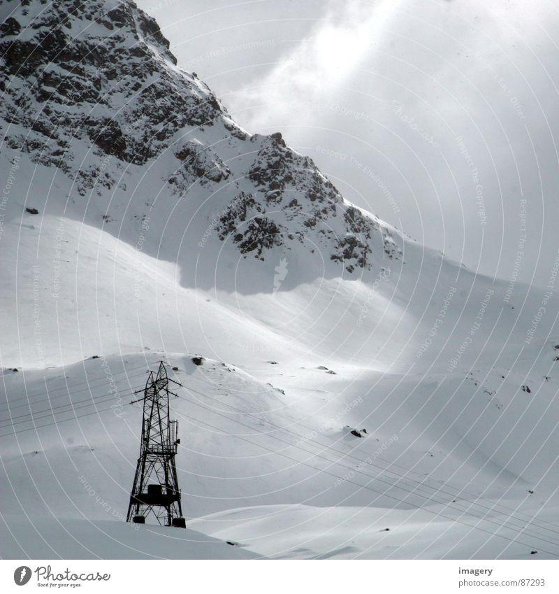 """""""Bergromantik"""" Sonne Winter Schnee Berge u. Gebirge Energiewirtschaft Elektrizität Lichteinfall"""