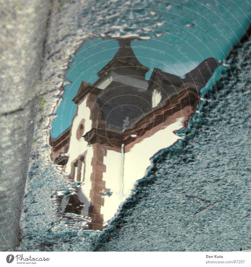 Nasserturm Wasser Sommer Regen nass Bodenbelag Turm Asphalt Verkehrswege Pfütze Inspiration