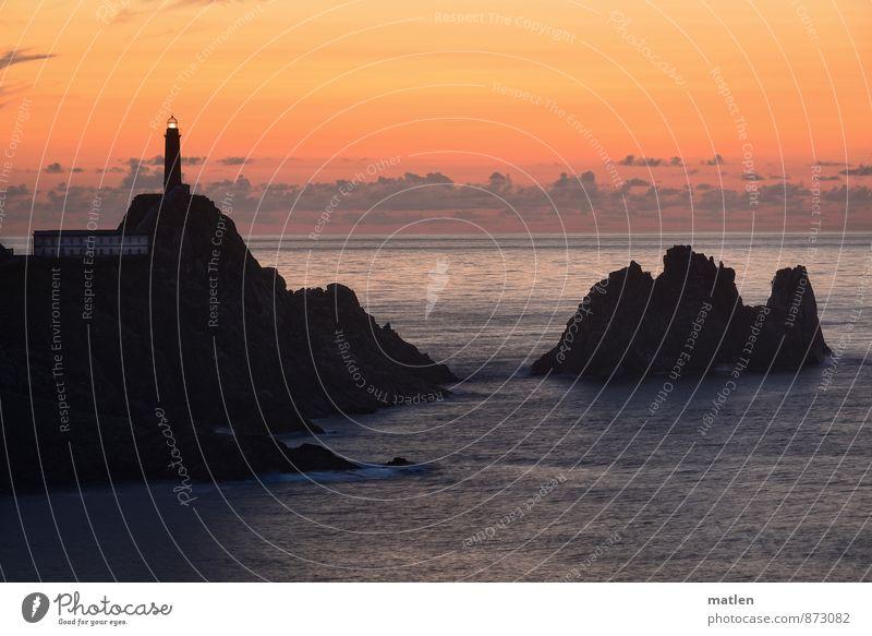 Am Ende der Welt III Landschaft Himmel Nachthimmel Horizont Sonnenaufgang Sonnenuntergang Sommer Klima Wetter Schönes Wetter Berge u. Gebirge Küste Meer Insel