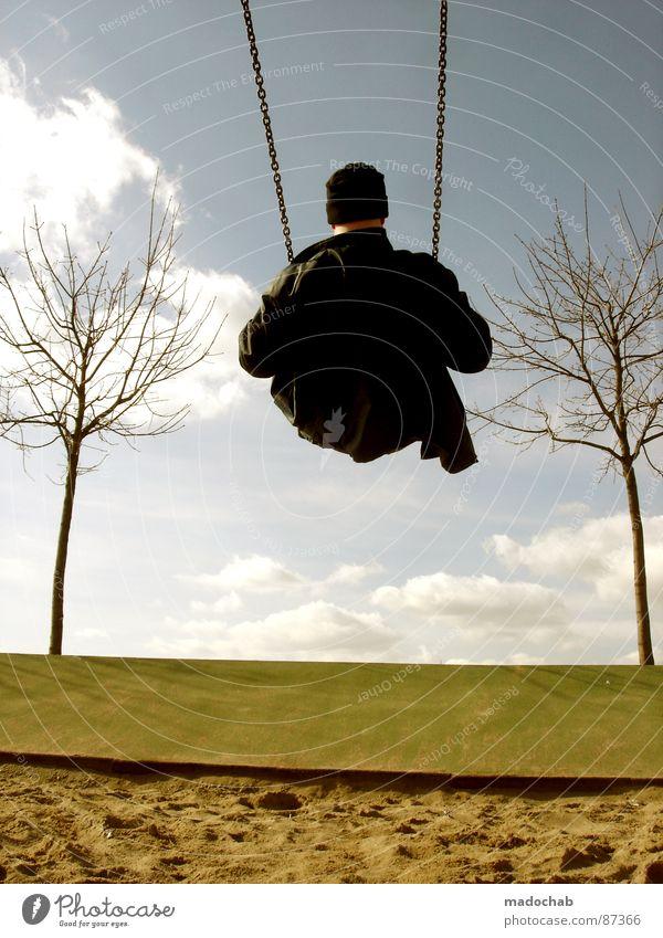 SCHWINGERCLUB Mensch Himmel Mann Freude Wolken Einsamkeit Arbeit & Erwerbstätigkeit sitzen maskulin Flügel einzigartig fahren Vergänglichkeit einzeln Spielzeug Mütze
