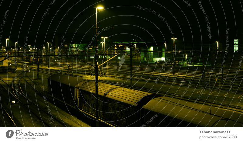 Trainyard Winterthur Gleise Eisenbahn Nacht sprühen schlafen dunkel Bahnhof Graffiti writer night train bombing