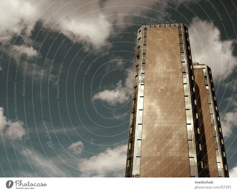 TAKE IT OR LEAVE IT Himmel Stadt blau Wolken Haus Fenster Leben Architektur Gebäude Freiheit fliegen oben Arbeit & Erwerbstätigkeit Wohnung Design Wetter
