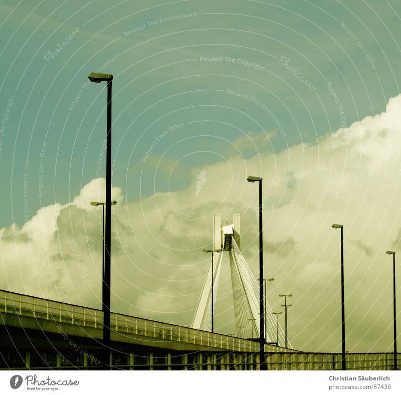 ROAD TO HAEVEN II Himmel Wolken Beleuchtung Brücke Laterne Straßenbeleuchtung gemalt Pylon Schnellstraße Hochstraße Ludwigshafen Speedway Rennen