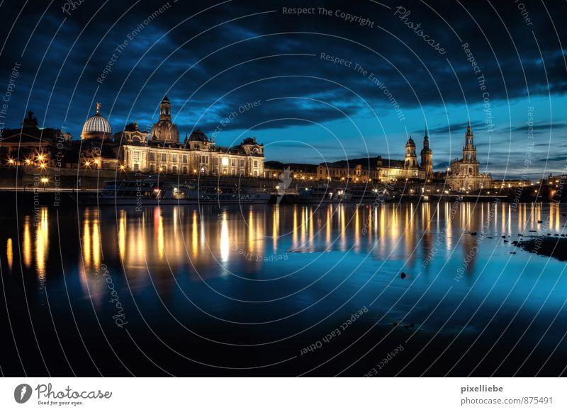 Elbufer Dresden Ferien & Urlaub & Reisen alt Stadt Wolken Architektur Horizont Häusliches Leben elegant Design modern Tourismus ästhetisch Kultur Fluss historisch Flussufer