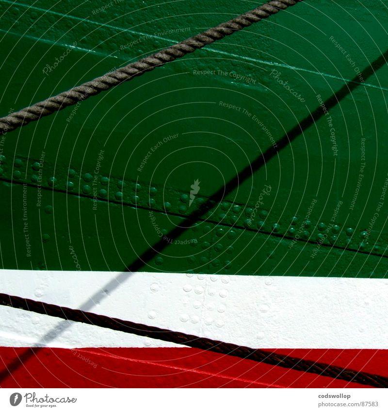 0/0 Stahlblech rot grün diagonal Schiffstau Hafen historisch sheet steel hull warmnieten bootshaut hot-rivet red white numbers measure plate rope