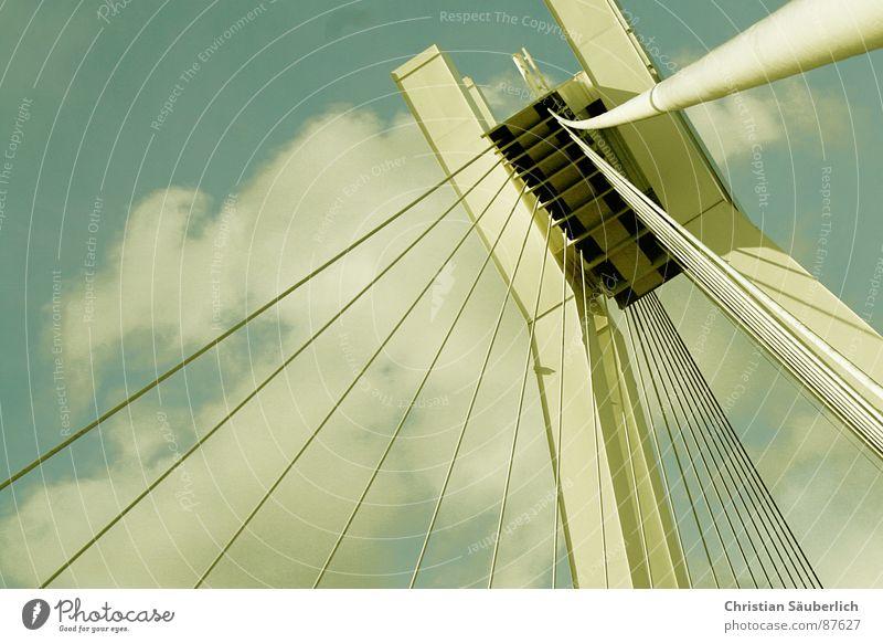 HEAVENS GATE I Himmel Wolken Wetter Brücke Paradies Pylon Watte Schutzdach Ludwigshafen Brückenpfeiler St. Peter