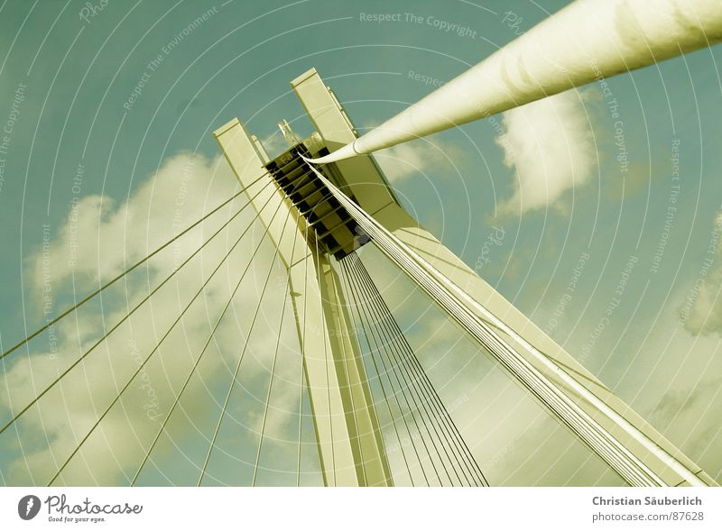 HEAVENS GATE II Himmel Wolken Wetter Brücke Anlegestelle Paradies Pylon Watte Ludwigshafen Brückenpfeiler St. Peter