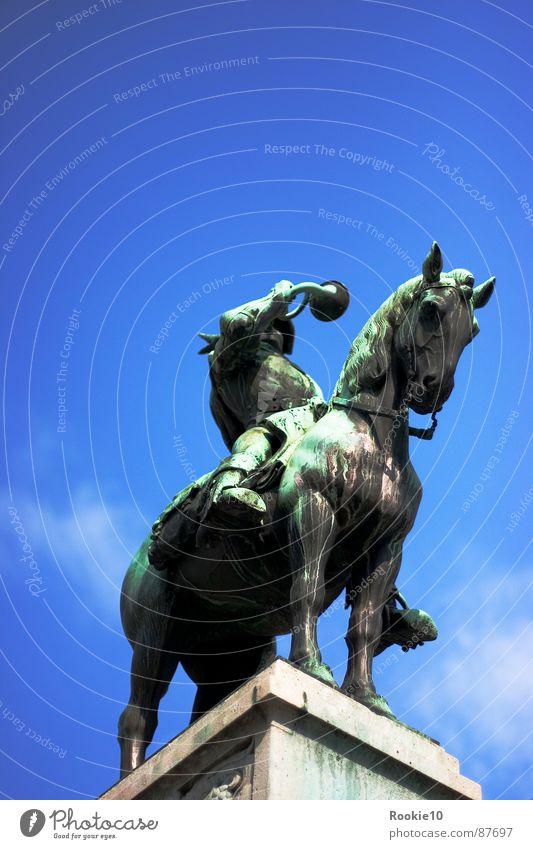 """>"""" Sie haben Post"""" < Podest offenbaren verraten weitergeben bewegungslos Information Lebenslauf Schulunterricht transferieren Statue Pferd stagnierend stehen"""