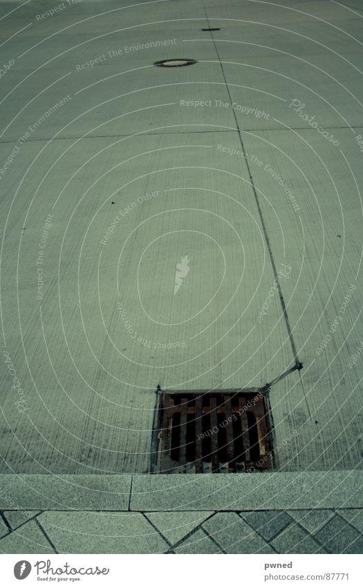 gosse Gully Asphalt Geometrie Abfluss Straßenbelag Wasserrinne 3 Zirkel Rinnstein Fundament Wassergraben Leitfaden Mittellinie Linie Abwasserkanal Linienstärke