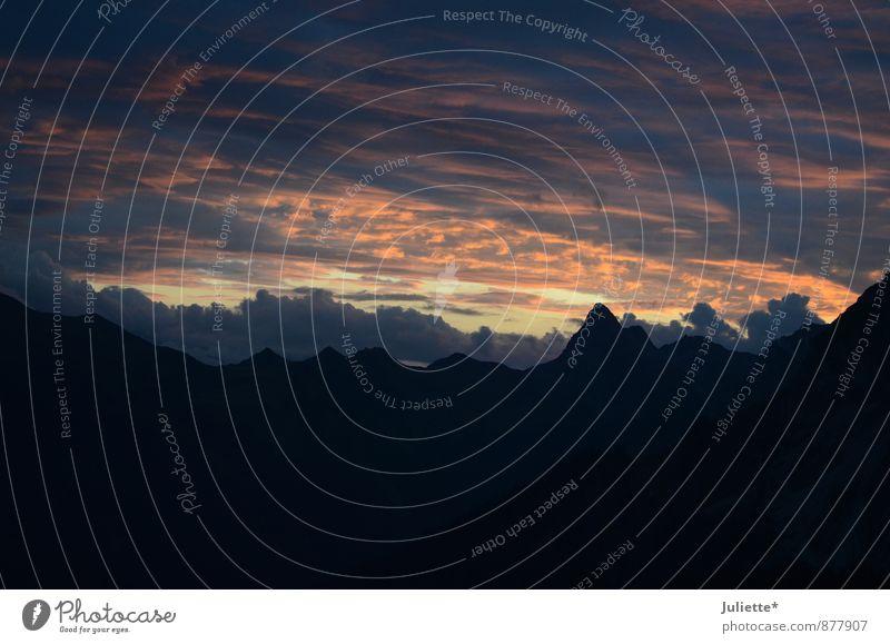 Abenddämmerung in den Bergen Natur Landschaft Himmel Wolken Nachthimmel Schönes Wetter Berge u. Gebirge Schesaplana Schweiz Gipfel Menschenleer Abenteuer