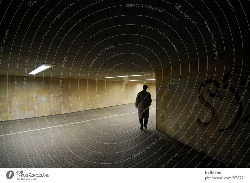 Ab um die Ecke... Tunnel Licht Fahrradweg unheimlich gehen bedrohlich geheimnisvoll Einsamkeit Lichtstimmung Unterführung