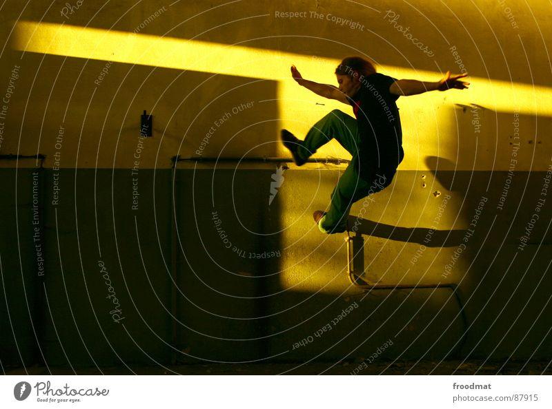 T Jugendliche Sonne Freude gelb springen Luft Zufriedenheit Aktion Filter