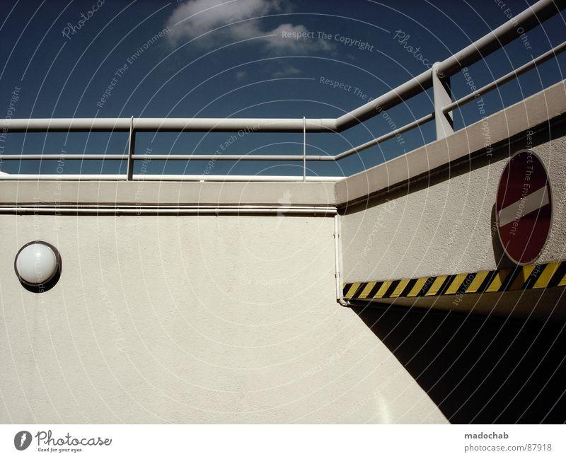 NOT THAT WAY rot Stil Denken Linie dreckig Hintergrundbild Schilder & Markierungen Verkehr Aktion einfach Streifen Pfeil Richtung trashig Hinweisschild