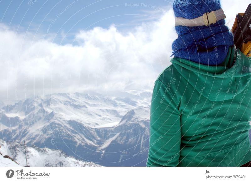 Skihase Frau grün Berge u. Gebirge Mütze Frankreich Wintersport Skifahrer