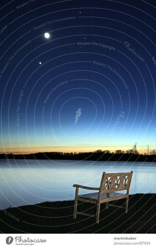 einsame bank See verringern Milchstrasse Stadtlicht Nachtfischen Gelassenheit türkis Farbenspiel Farbton Blauton schmerzfrei Einsamkeit Sonnenuntergang
