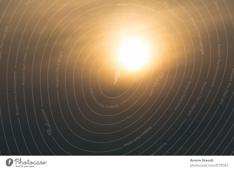 Verwaschenes Sonnenfoto für Hintergründe Natur Sommer Sonne Einsamkeit Wolken Ferne schwarz dunkel Umwelt gelb Gefühle natürlich Hintergrundbild hell Stimmung Luft