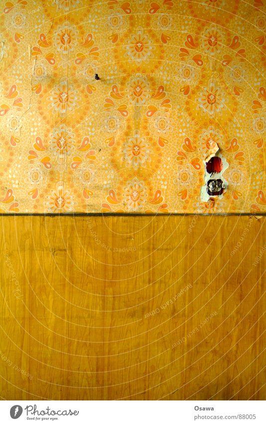 VEB Elektrokohle 03 Tapete Muster Steckdose Design Leerstand beenden Mauer Einsamkeit desolat Wandverkleidung Sanieren resignieren Holz verfallen Schatten