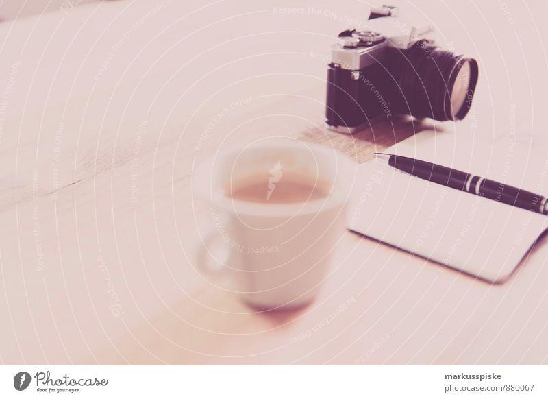 neourban hipster office 3.0 sprechen Stil Denken Lifestyle elegant Büro Design Getränk Tisch Kaffee Fotokamera Dienstleistungsgewerbe Wirtschaft Schreibstift