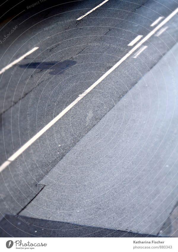 Flickenteppich Stadt Straße Wege & Pfade Stein Beton Zeichen Schilder & Markierungen Verkehrszeichen grau schwarz weiß Asphalt Straßenbelag Straßenmakierung