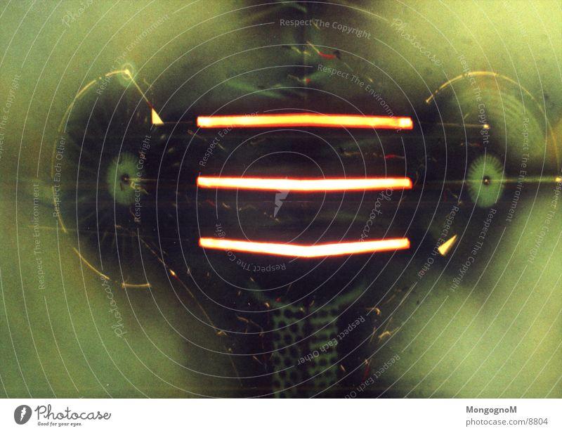 Alien grün Streifen Licht gelb Langzeitbelichtung Komisches Ding Außerirdischer