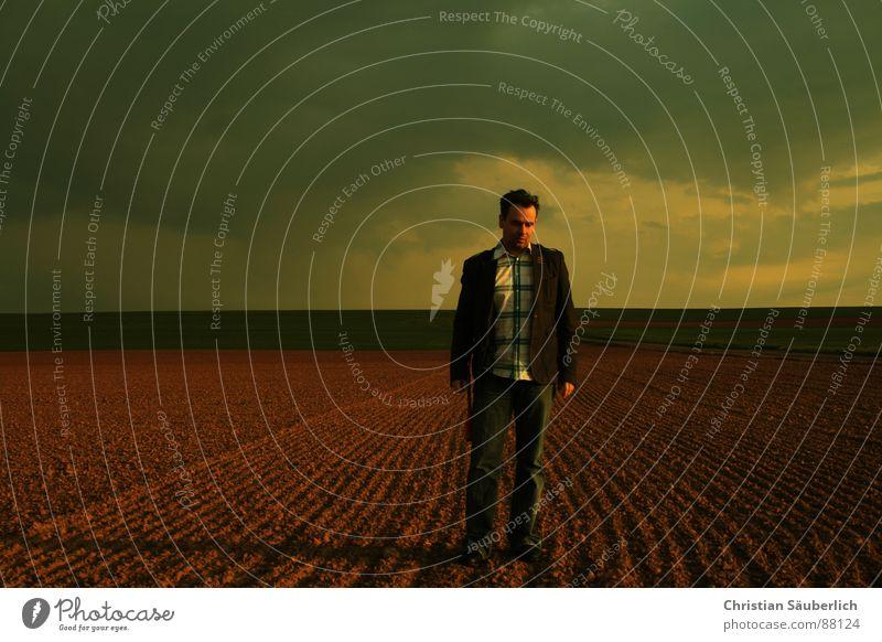 ALONE Mann Himmel Einsamkeit Wiese Feld gehen Horizont