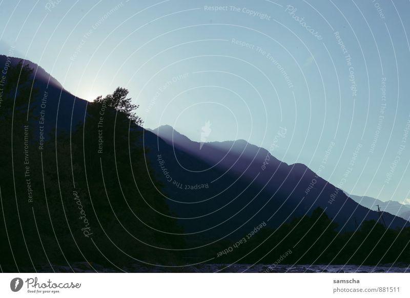 im Schattenloch Himmel Natur Ferien & Urlaub & Reisen Wasser Sommer Sonne Landschaft Umwelt Berge u. Gebirge Freiheit Felsen Luft Tourismus wandern Ausflug Abenteuer