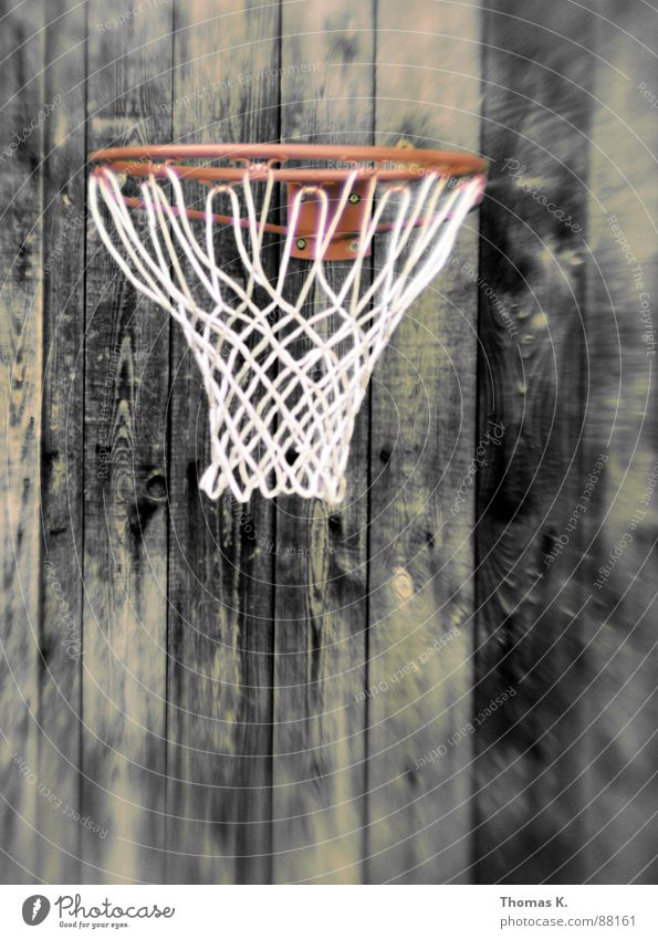 Drei Punkte Ballsport Korb Holz Schiffsplanken Strukturen & Formen Freizeit & Hobby Basketball Netz Holzbrett Maserung lensbaby backyard