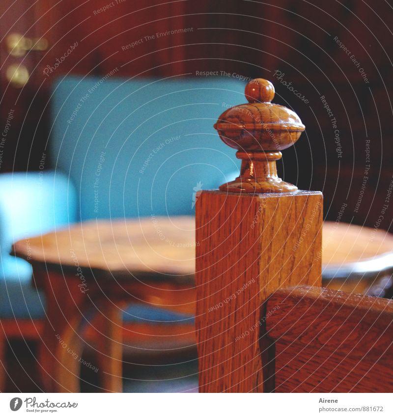 Bis zum Sessel schaff ich's blau Innenarchitektur Holz braun Wohnung orange Raum Ordnung Häusliches Leben elegant Zufriedenheit Dekoration & Verzierung