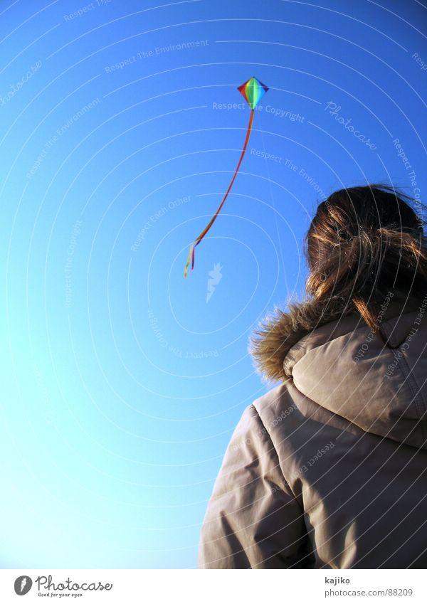 at Liver A 04 Frau Strand Meer aufsteigen frei Herbst Freude Küste Himmel Drache fliegen Sonne Schönes Wetter blau Freiheit Lönstrup Sea Sand Einsamkeit