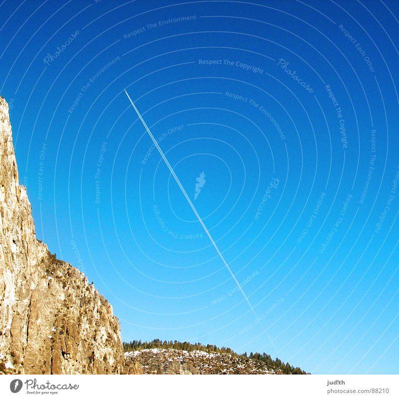 take me away, part two Natur Himmel blau Ferien & Urlaub & Reisen Ferne Wald Schnee Berge u. Gebirge Wege & Pfade Flugzeug fliegen Luftverkehr USA Amerika Fernweh Kalifornien