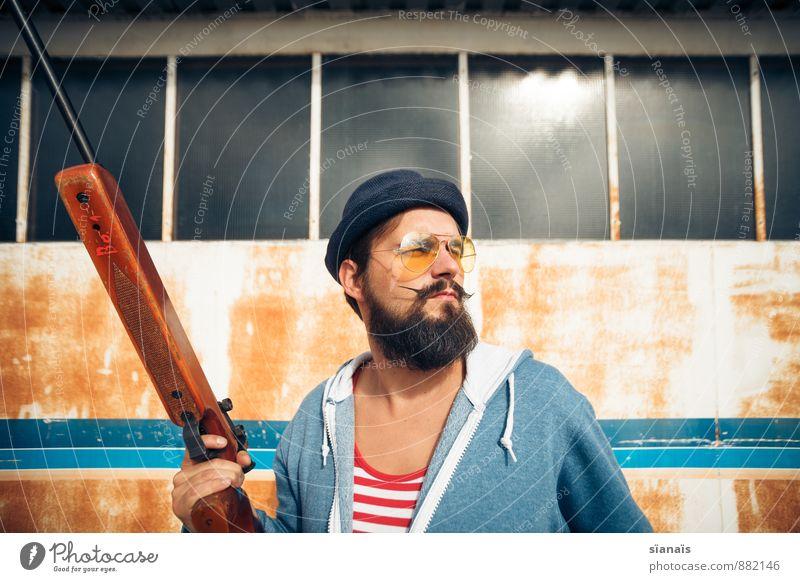 Witterung Mensch Mann Sonne Erwachsene lustig maskulin Lifestyle Freizeit & Hobby bedrohlich Hut Rost Mut Jagd Sonnenbrille Stolz Freak
