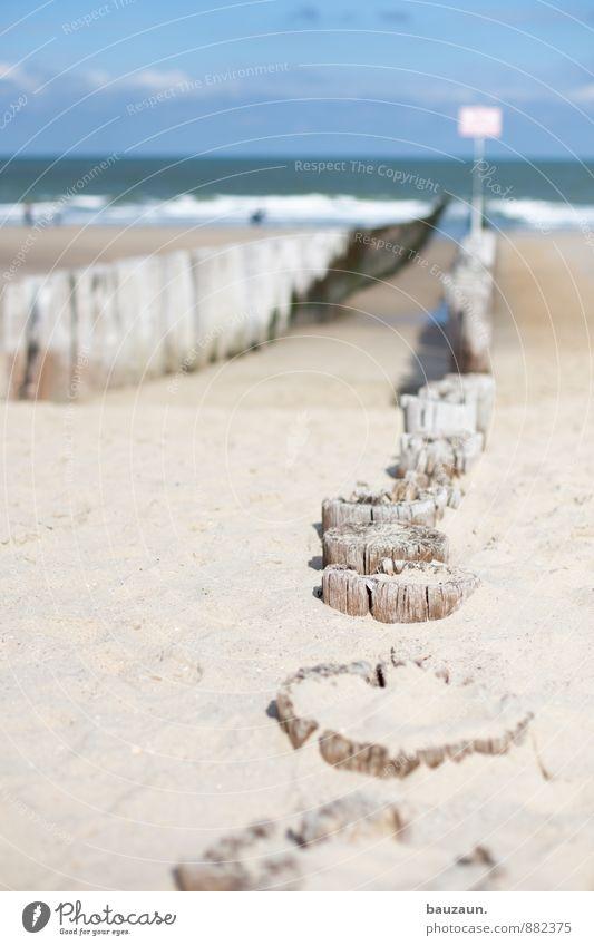 immer weiter. Himmel Ferien & Urlaub & Reisen Sommer Sonne Meer Landschaft Wolken Strand Ferne Umwelt Leben Küste Wege & Pfade Holz Sand Wetter